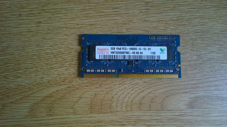 Hynix 2GB PC3-10600 DDR3 1333 204-Pin SO-DIMM Laptop RAM HMT325S6BFR8C-H9 N0 AA