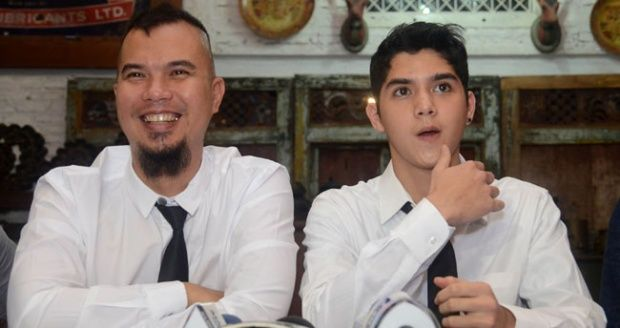 Pernyataan artis Ahmad Dhani yang kontroversial berimbas kepada anaknya, Al Ghazali.