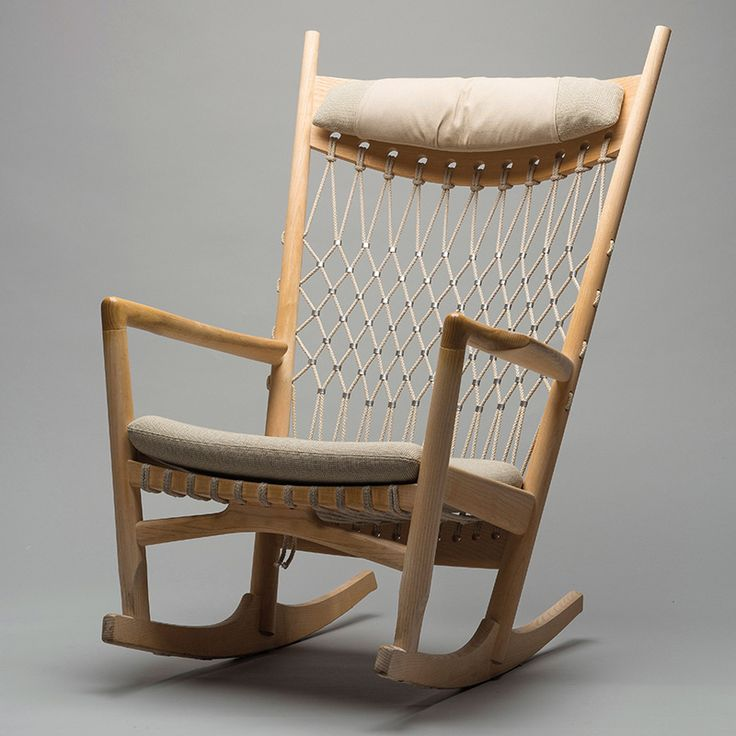 to november 2014 at the art museum in tnder denmark in 2014 the internationally renowned danish furniture designer hans wegner would have turned