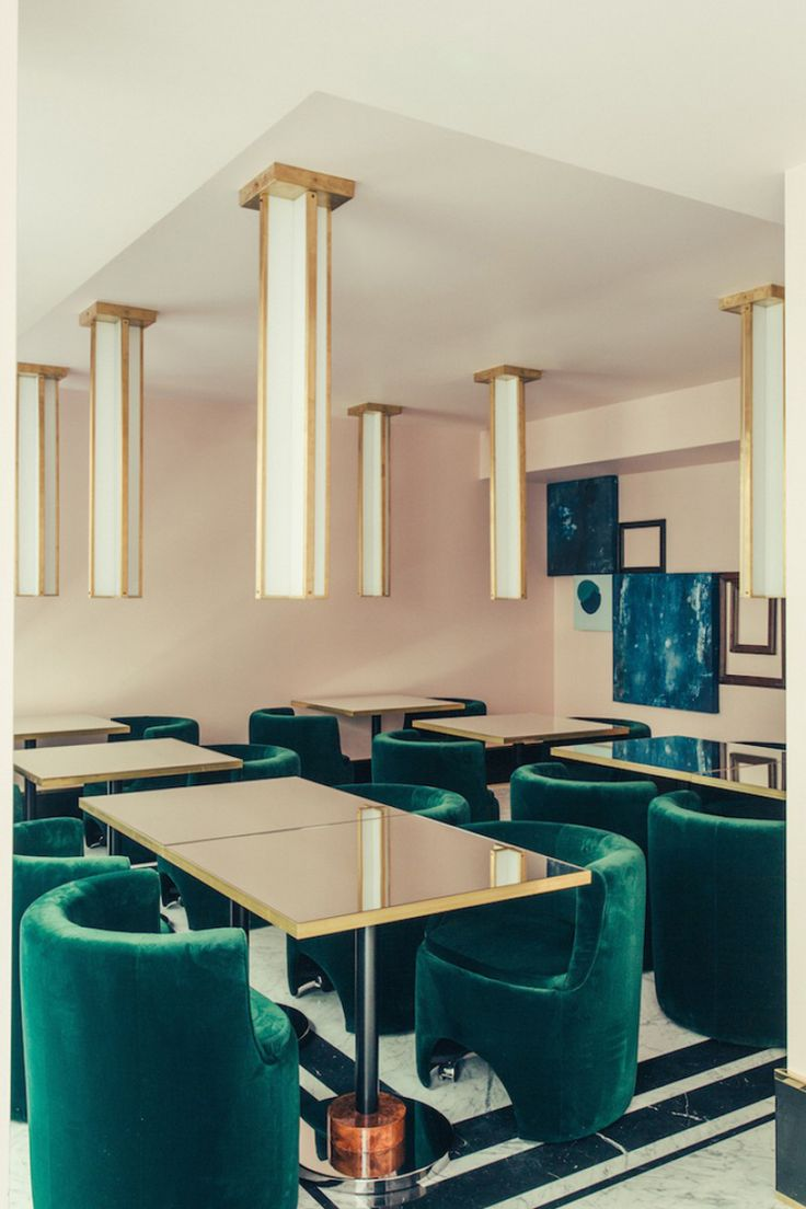 Just a short hop from the Comic Opera of Paris, the doors of the Hôtel Saint-Marc open onto a universe conceived by Milanese design agency dimorestudio.