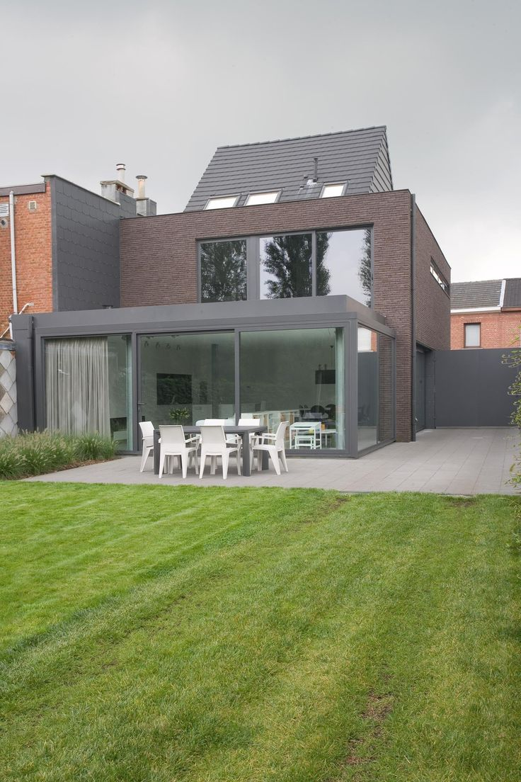 indien tuin zuidkant passieve zonnewering in steen of later zonnetent laten installeren?