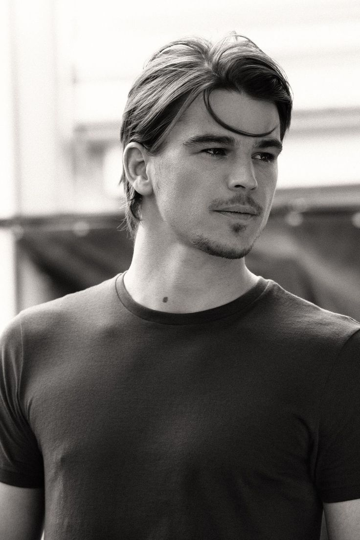 Josh Hartnett--Finally resurfacing again in Penny Dreadful on Showtime!! Love the show, and of course <3 JOSH!!!