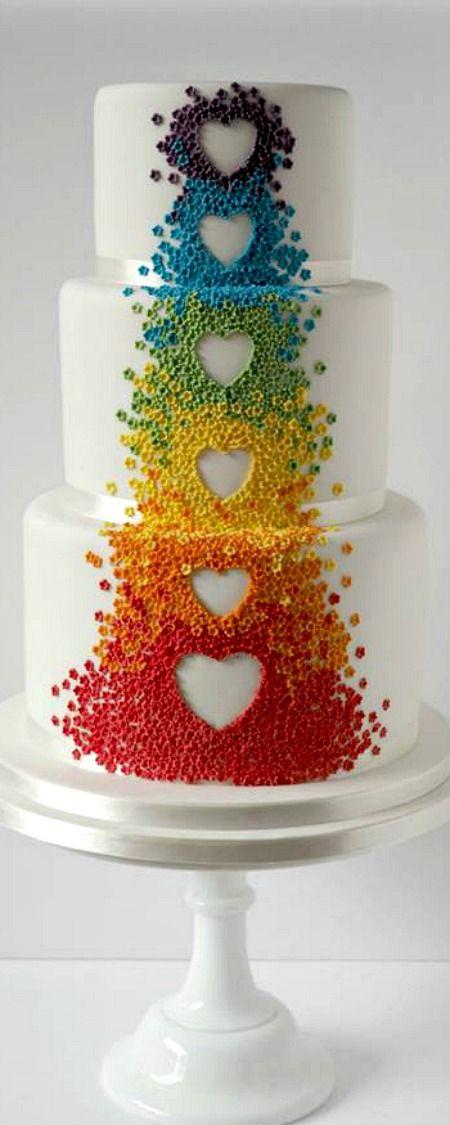 ❤️ AMEI ESSE BOLO GENTE! ❤️ Repinem, é uma ótima ideia, tá chegando o aniversário?! Então essa é uma ideia  pro bolo!  Diferente... APOSTO QUE VAI FAZER SUCESSO! Quer mais opções pra bolo!? Nome de usuário: yourcherrytea