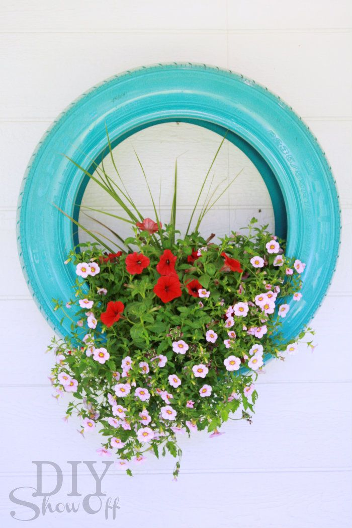 tire flower planter decor - would be cute on a fence in a line of three: Gardens Ideas, Projects, Old Tired, Flower Planters, Recycled Tired, Tired Flower, Diy, Tired Planters, Crafts