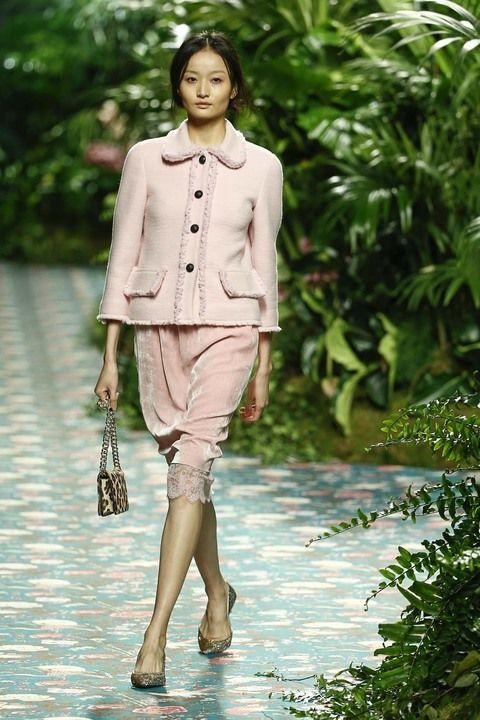 Inspiración de estilo: invitadas boda otoño   El blog de Secretariaevento