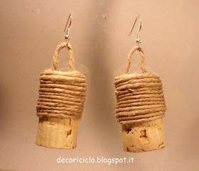 decoriciclo: Orecchini e porta-chiavi fatti con i tappi di sughero