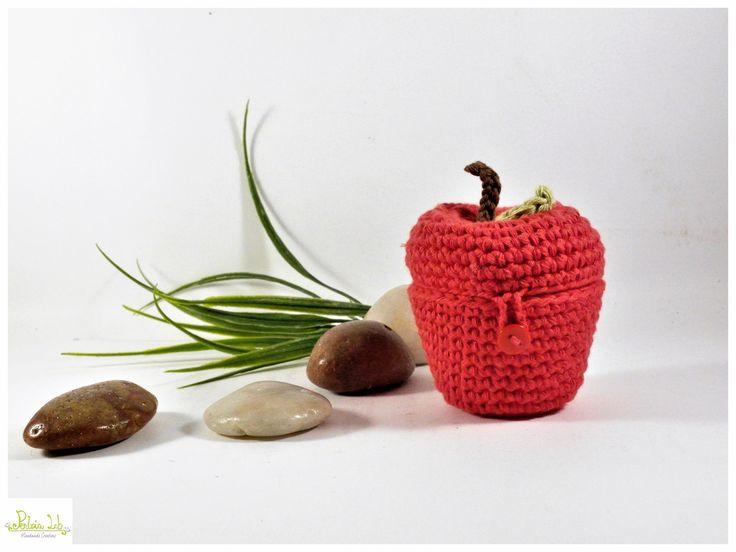 Mela rossa cofanetto ad uncinetto : Scatole, cofanetti di pentria-lab