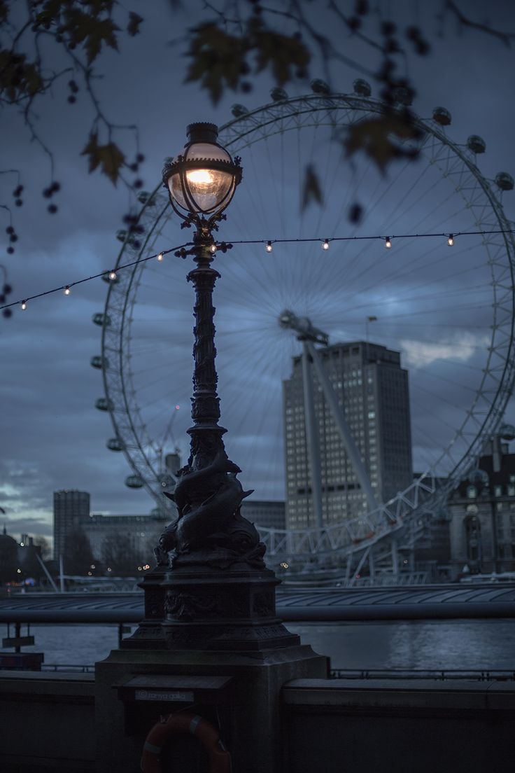 'A moment when anything can happen, anything be believed in' London photography © Ronya Galka: