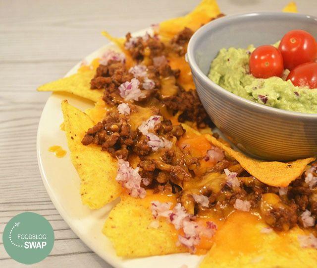 Nacho Ovenschotel. Diner met chips, hoe fijn is dat! Met dit heerlijke recept voor Nacho Ovenschotel met taco chips kan je avond niet meer stuk.
