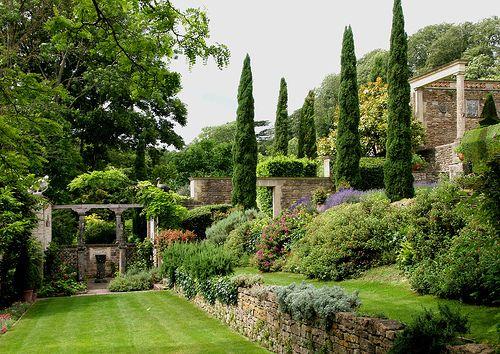 Iford Manor, The Peto Garden