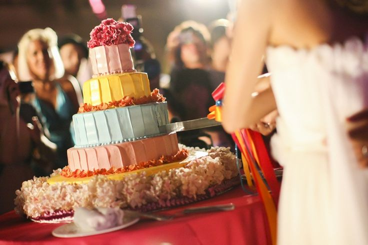 wedding Item cake#WEDDING #TRUNK #OneHeart #Cake#pop