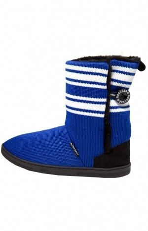 WOMEN'S HOCKEY SLIPPER - Slip into these beauties made of real hockey sock in your favourite team colour.