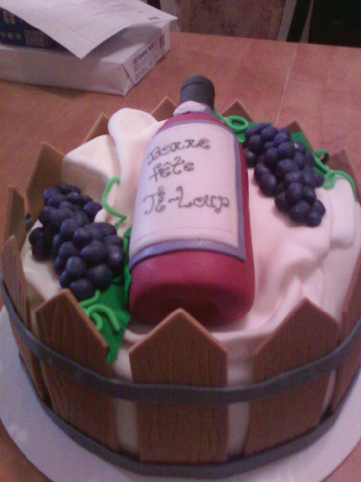 gâteau bouteille de vin