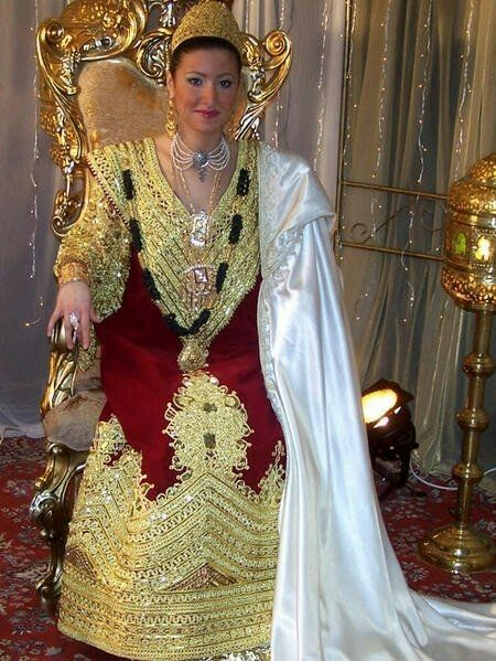 robe de ANNABA   Vetements traditionnels Algeriens <3   Pinterest ...