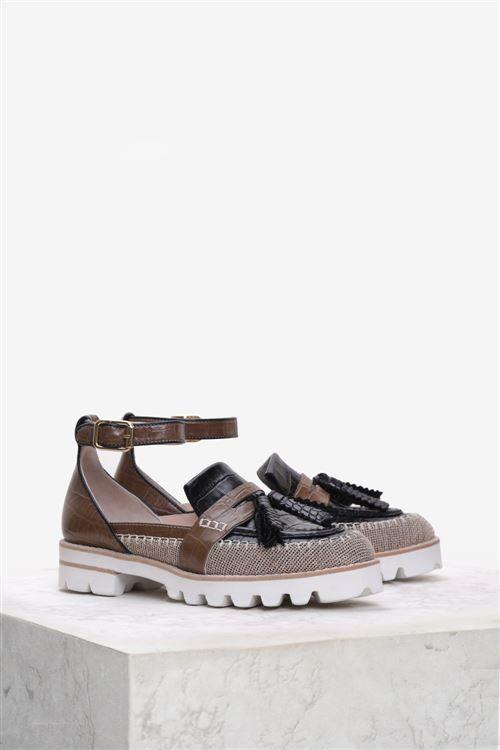 Klarks 7251 Günlük Ayakkabı SIYAH KAHVE  Bayanların en çok tercih ettiği babet modelleri www.ilvi.com ile sizlerin hizmetin de.
