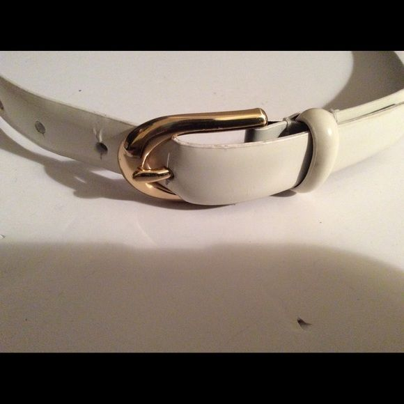 Genuine Ralph Laurent leather belt S/M Good  condition,with minor flaws, almost invisible, ,women's leather belt. Ralph Lauren Accessories Belts