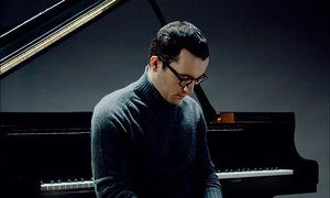 Igor Levit performs variations by Bach, Beethoven and Rzewski