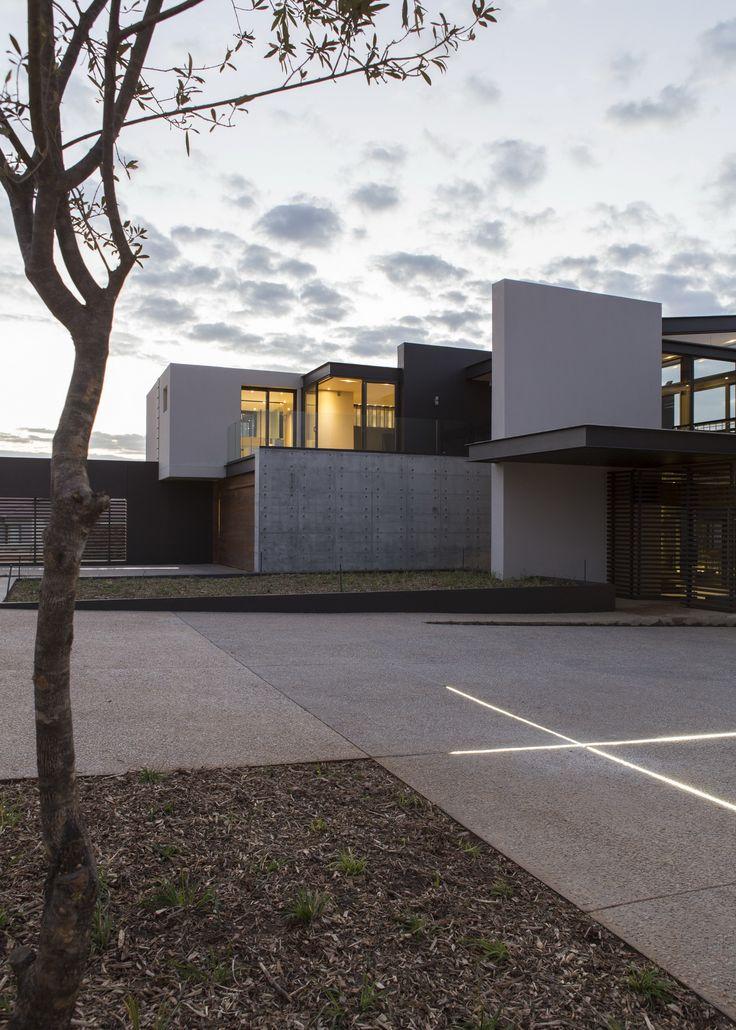 House Boz | Form | Nico van der Meulen Architects #Design #Architecture…