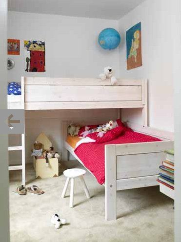 like how low the upper bunk is for kids, just need to put head in other direction on the lower bunk