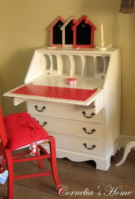 Secretaire - or paint it like this!