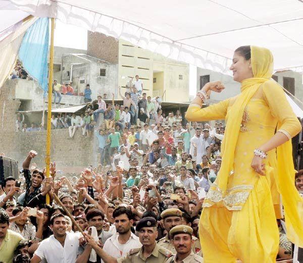 Spana Choudhary best dance videos