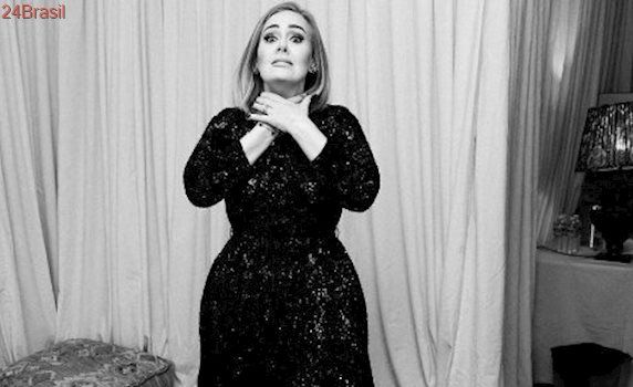 Adele lesiona cordas vocais e pode abandonar a carreira