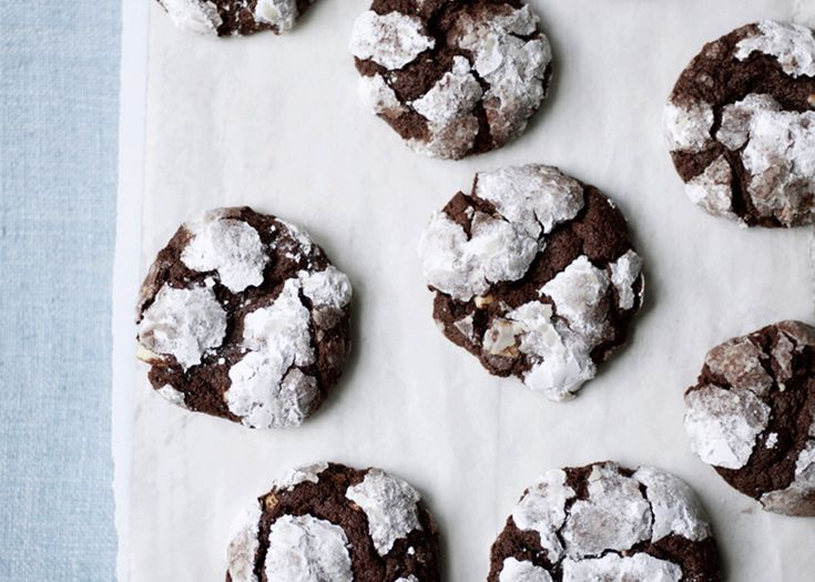 double choc crackle cookies | #chocolate #cookies #dessert #recipe #foodwise