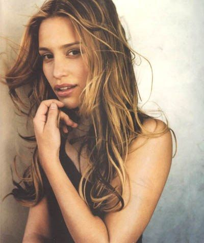 Piper Perabo. Latest show: Covert Affairs.