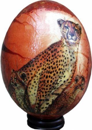 huevo de avestruz con leopardos huevo de avestruz cascaron de huevo de aves,papel de arroz,pinturas acrilicas decoupage