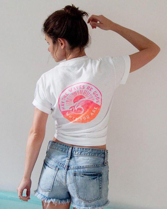 Surf-TShirt Neon-Pink & Orange weißen T-Shirt Wellen Surfer Girl Geschenk
