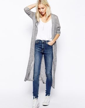 "I consistently love long cardigans like this on other people when I see them, but I really don't know if it would ever work on me! I would pair them with skinny jeans in black or another muted colour (forest green, burgundy) and my brown ""leather"" stacked heeled boots., with any old tee. I don't have any jeans that I can really tuck things into, though."
