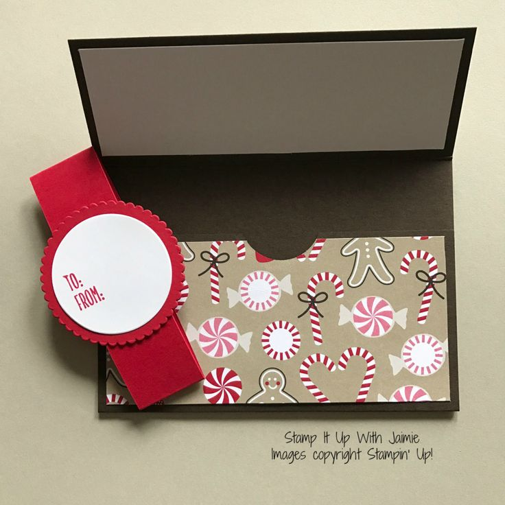 It seems like more and more each year I give gift cards for Christmas presents. And what makes a gift card better than a beautiful way to wrap it up! I recently saw a really cool Stampin' Up…