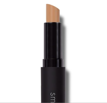 Smashbox Camera Ready Full Coverage Concealer - this is one of the best.  it's lightweight but has staying power and perfect for under your eyes or along your jaw line.  Its slim and easy to carry, trust me you wont be leaving home without this!