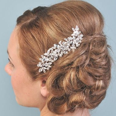 Vintage Styled Wedding Comb with Diamante