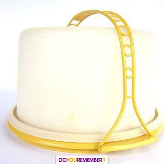 My mom had this exact cake carrier. She gave it to me & bought herself a royal blue one, Christmas themed one & beautiful crystal glass one. I asked her how old do I look! Did she want me to relive my childhood by giving me the ancient cake carrier?! It's in a box in my garage now.
