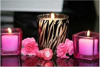 zebra and hot pink candles, a great tablescape idea for a party ↞ ❁✦⊱❊⊰✦❁ ڿڰۣ❁ ℓα-ℓα-ℓα вσηηє νιє ♡༺✿༻♡·✳︎·❀‿ ❀♥❃ ~*~ TH Jun 30, 2016 ✨вℓυє мσση ✤ॐ ✧⚜✧ ❦♥⭐♢∘❃♦♡❊ ~*~ нανє α ηι¢є ∂αу ❊ღ༺✿༻♡♥♫~*~ ♪ ♥✫❁✦⊱❊⊰✦❁ ஜℓvஜ ↠