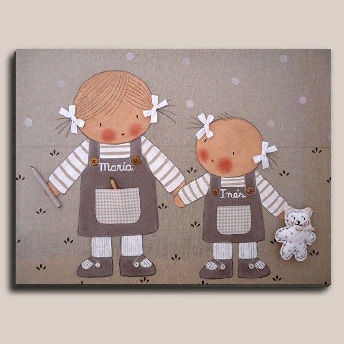 Cuadros infantiles: 2 niñas - Cuadro pintado a mano por #stencilbarcelona Bastidor de madera de 61 x46 cm, entelado con lino color piedra Motivo: 2 niñas de la mano Aplicaciones: bolsillos de tela, botones en el peto, cordones en los zápatos , lacitos en las coletas, osito de ropa y lápices de madera.
