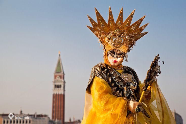 Sol, carnaval de Venecia | Fotografía | Luis Freire | #Venezia #Venecia #Venice…