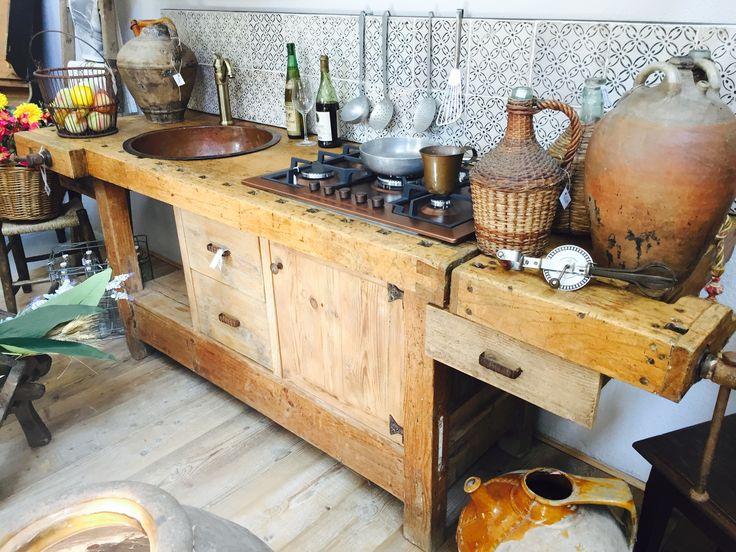 Oltre 25 fantastiche idee su bancone in legno su pinterest ripiani in tagliere da macellaio - Bancone cucina legno ...