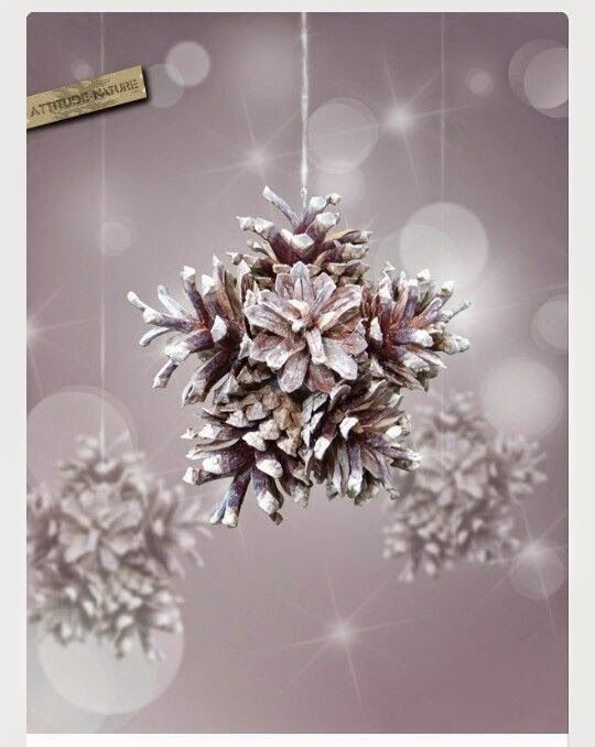 DIY+Snowflake+With+Pinecones.jpg (540×678)
