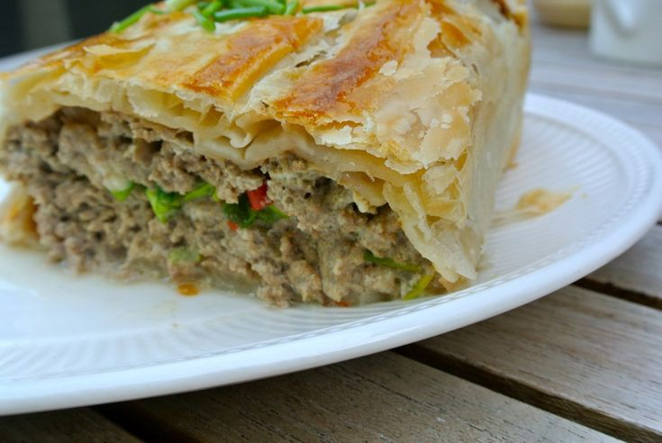 gehaktbrood met bladerdeeg en groenten