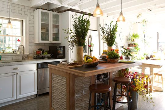 Industrial Stools from west elm via @Apartment Therapy