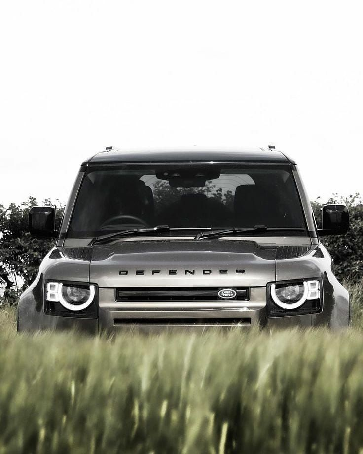 2 028 Likes 10 Comments Landroverphotoalbum On Instagram Stealth Mode Activated By Joshuafletcher New Land Rover Defender Land Rover Land Rover Defender