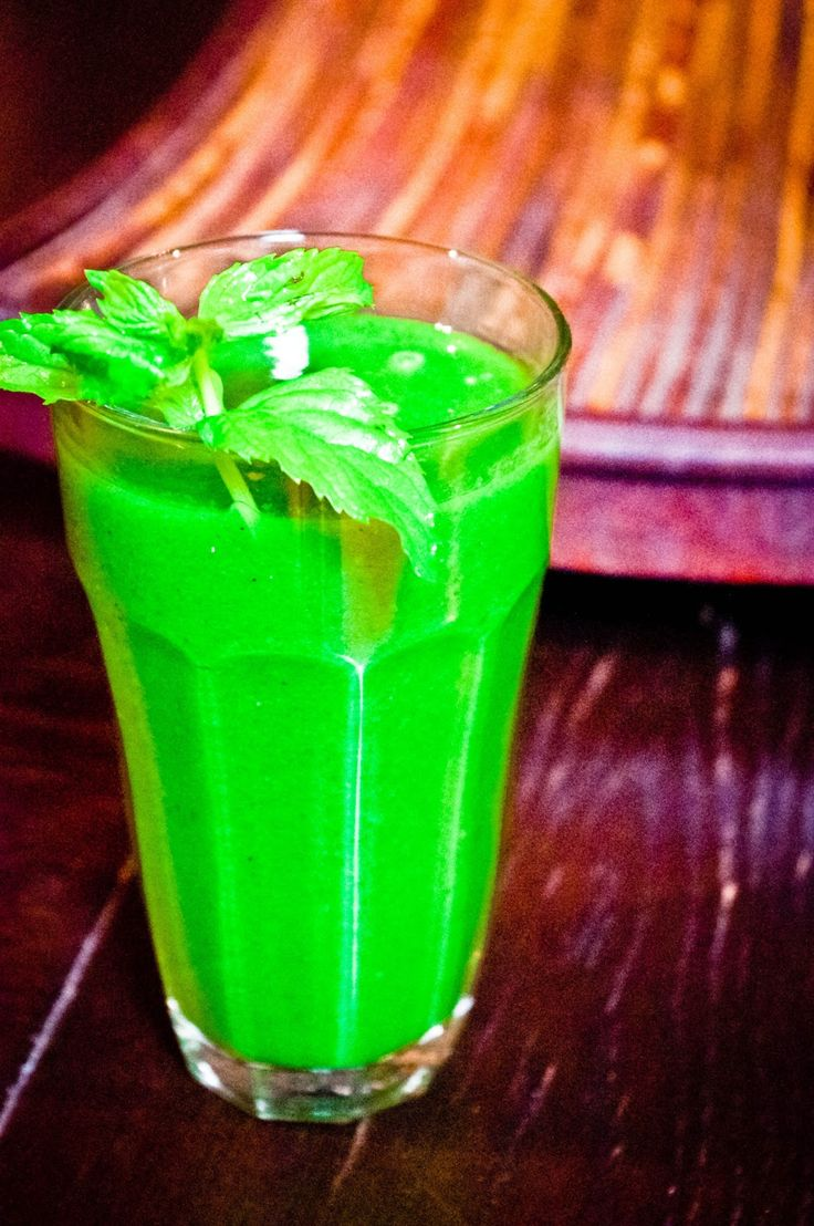 POPEYE'S JUICE                         On a recent trip to the amazing Chinta cafe for breakfast, I had two of these DELICIOUS juices. I tr...