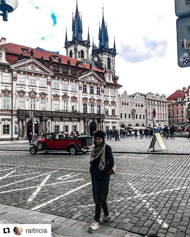 #Repost @raitricia Old Town Square Prague  Belle façade