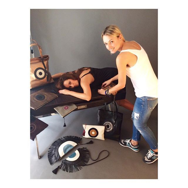 Autumn/winter 2015 Photoshooting backstage! #handmade#bags#photoshoot#newcollection#aw2016#christinamalle_bags#malle_bags#evileyeproject