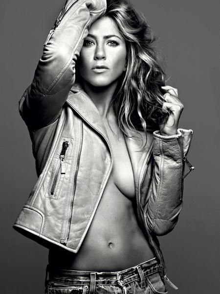 seriously the sexiest, less is more photo ever...