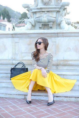今年トレンドのミモレ丈スカートは上品で女度が高く、男子受け抜群のアイテム。バランスが大切なミモレ丈スカートをお洒落かつモテに着こなすコーディネートのポイントをご紹介します!