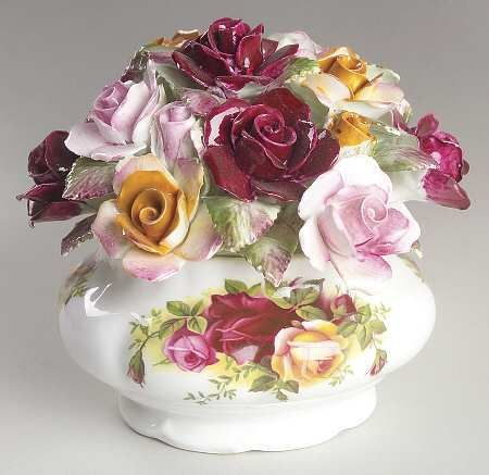 Floral Cluster in the Old Country Roses pattern by Royal Albert China