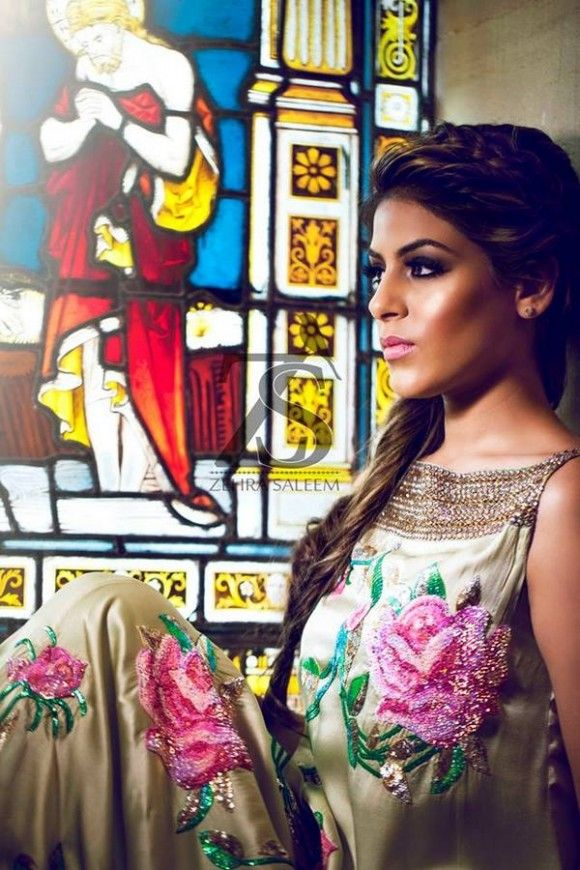 Maxi for girls : Fashions.com.pk Zehra Saleem | Zehra Saleem Fall Collection | Zehra Saleem Semi Formal Dress Collection | Zehra Saleem Collection | Zehra Saleem Semi Formal Wear | Semi Formal Wear Collection | Semi formal collection 2013 | Zehra Saleem Dresses